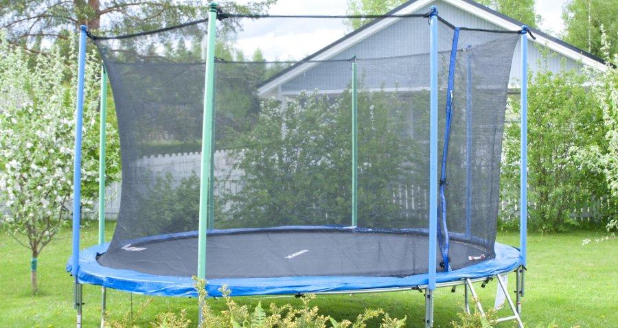 tappeto elastico da giardino con rete protettiva